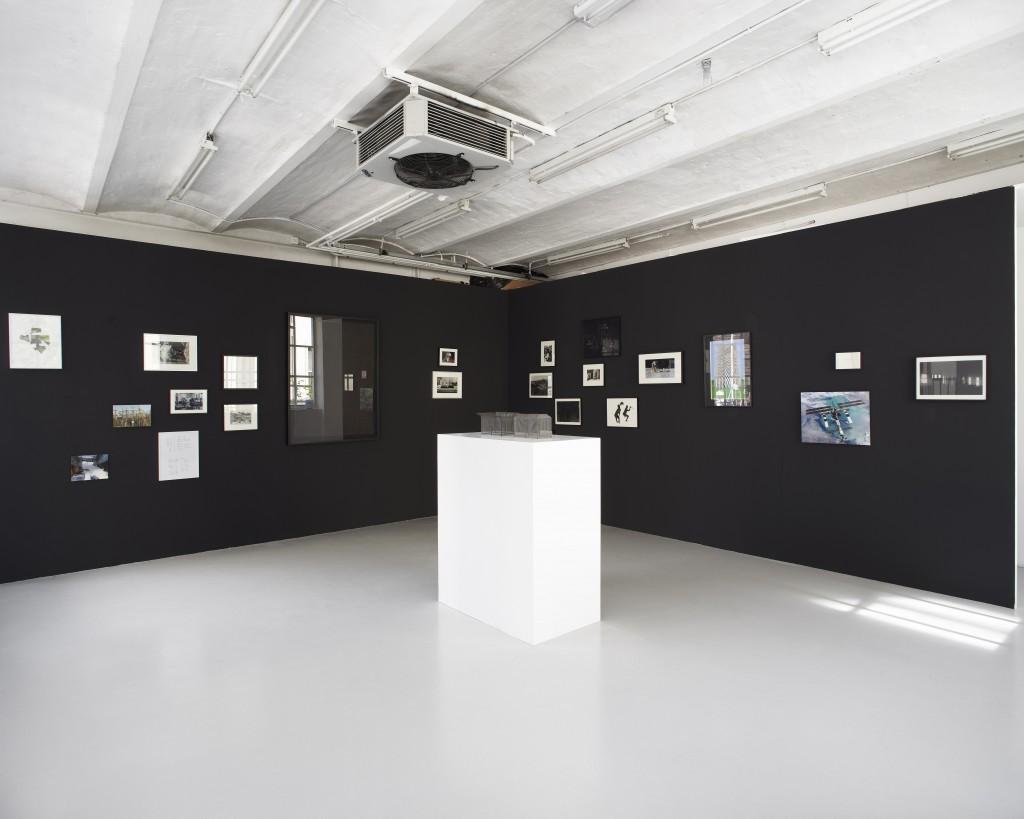 Damien Sorrentino-Florentz, La conquête de l'espace : Atlas à l'usage des militaires et des artistes, 2011