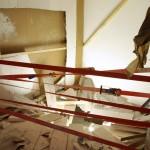 """Halle des Bouchers Florian Pugnaire """"Paramnesis"""", Vue d'installation, matériaux divers, dimensions variables, 2011."""