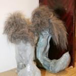 Le meuble à chaussures (oeuvre réalisée en commun) — 2006 - La Station -  Art Contemporain - Nice - Certains travaux doivent être accomplis à la surface du sol...