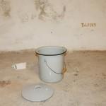 Laurent Tixador - Les toilettes - La Station -  Art Contemporain - Nice - La Grande Symbiose II