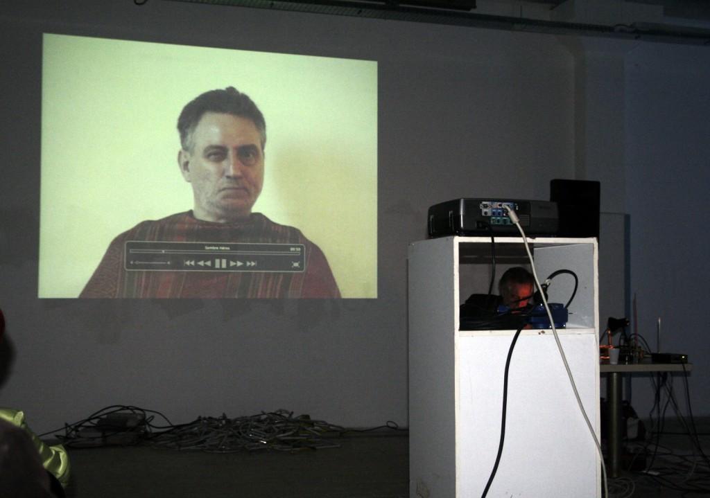 lecture de Joesph Mouton art contemporain sitaudis la station