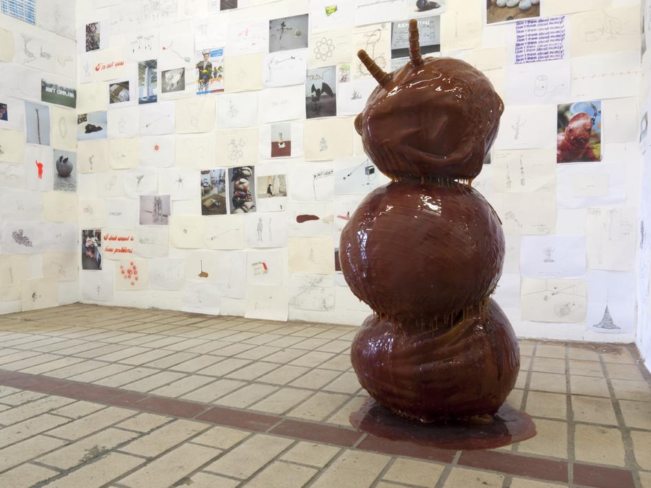 He, Well Hidden, 2011 ; Drawings, 2000 - 2012 art contemporain nice La Station Kristof Kintera