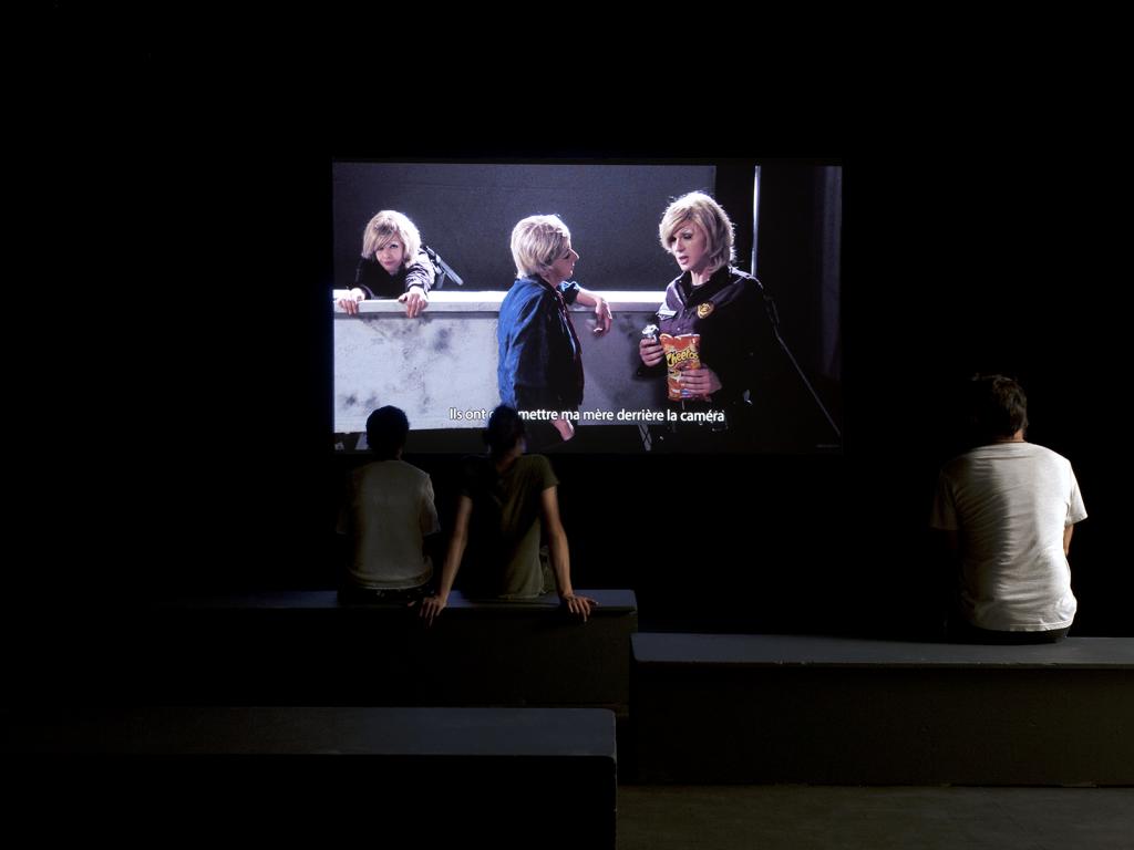l'âge du double brice dellsperger la station nice art contemporain video